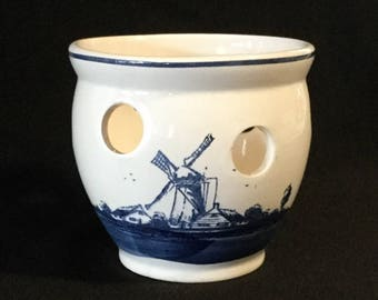 Vintage Delft Blauw Hand Painted Made In Holland Crocus Pot