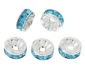 20 beads with 8mm blue rhinestone silver metal spacers