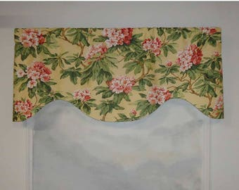 Kingsway Mia Soft Yellow Damask Floral Valance