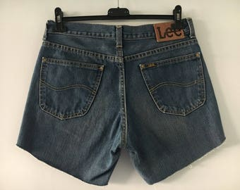 Lee high Waisted Shorts Size 32/33