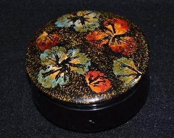 Round Floral Lacquer Box, Papier Mache Lacquer Ring Box, Pansies Violas on Lid, Oriental Lacquer Trinket Treasure Box, Black Lacquer Box