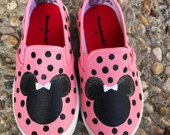 Disney Minnie Mouse painted shoes