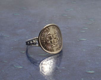 Vintage English 1937 Three pence piece in silver ring