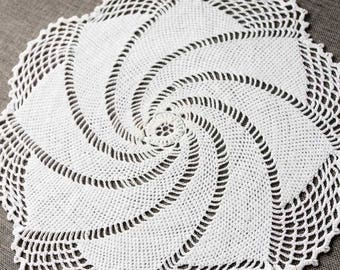 Vintage Crochet Doily, handmade white cotton doily, vintage doilies, vintage lace