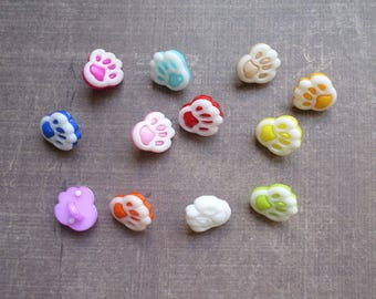 40 buttons form animal track paw mix colors 1.3 cm
