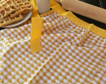 Vintage hand towel style half apron/vintage half apron/vintage apron/dish towel apron/yellow checkered apron/checkered apron/gifts for her