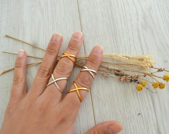 Bohemian Gold Statement Geometric X Design Knuckle Ring, Gold Midi Pinky Ring, Gold Stackable Adjustable Ring, Affordable Gift for Her