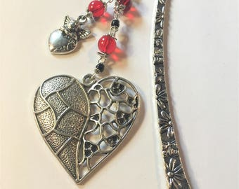 """Bookmark """"Red and black hearts"""""""