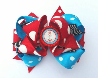 Cat in the hat, Cat in the Hat hair bow, Dr Suess hair bow,  Dr Suess birthday, cat in the hat birthday, Dr suess birthday bow,  Dr suess