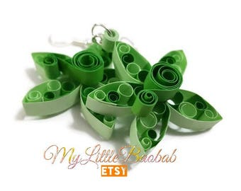 Quilling star and scroll work earrings delicate monochrome Green