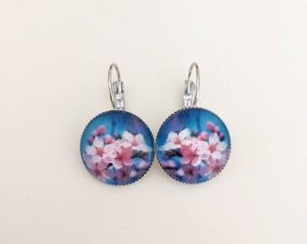 Earrings cabochon blue cherry sleeper