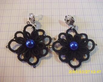 beautiful pair of handmade tatting/lace earrings