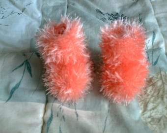 Baby booties hand-knitted wool hairy peach