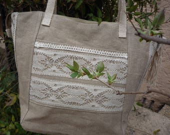 Zipped and romantic chic Tote in linen and burlap