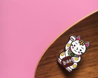 Maneki-Neko // Lucky Cat // Hard Enamel Pin // Cat pin // Enamel pin // Cute // Kawaii // Japanese Culture
