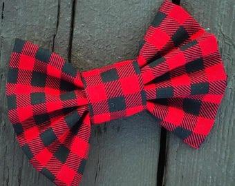 Buffalo Plaid bow, Buffalo plaid, fabric bow, hair bow, hair clip, plaid hair bow, plaid hair clip, holiday bow, fashion bow, red bow