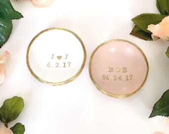Initials and Date Jewelry Dish / Personalized Jewelry Dish / Personalized Ring Dish /  Engagement / Wedding / Anniversary /Personalized Gift