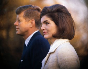 "President John F. Kennedy & First Lady ""Jackie"" Jacqueline Kennedy in 1963 - 5X7, 8X10 or 11X14 Photo (ZY-334)"