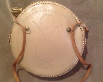 1950s / 60s Vintage leather Tooled circled ladies handbag / Purse