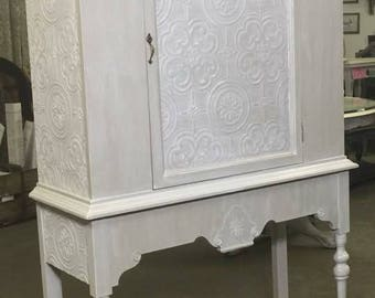 Vintage Hutch / Cabinet