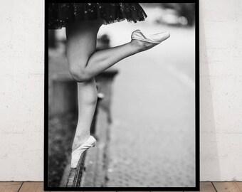 ballerina art, ballet, ballerina black and white, en pointe, ballerina photography