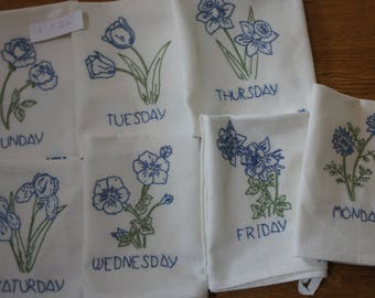 Days of the Week Flower Cotton Embroidered -- Blue --