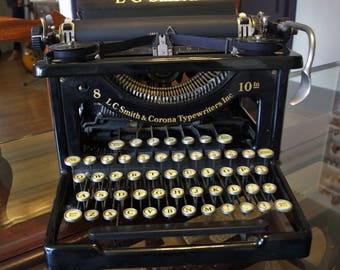Antique 1929 L C SMITH & CORONA No. 8 / 10IN. Typewriter – Museum Quality – Superb Condition