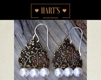 White Pearl 14K Gold Dangle Earrings