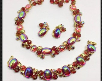 Fabulous Red Schiaparelli Necklace, Bracelet and Earrings from the 1950s'