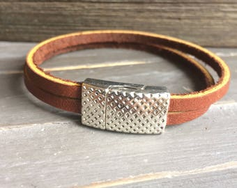 Leather wrap bracelet with magnetic clasp brown or black