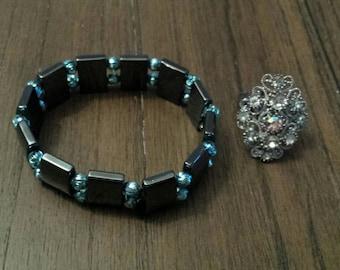 Hemalyke stretch bracelet