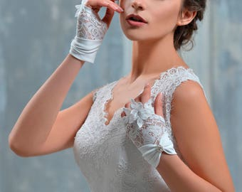 Handmade Wedding Gloves from NYC Bride, made in Europe