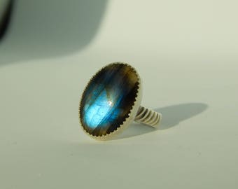 The Chora, Flashy Labradorite Sterling Silver Ring, size 7.25