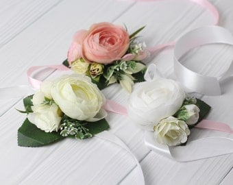White bridesmaid flower bracelet bridal bracelet Rustic corsage Bridesmaids wrist corsage prom  corsage peony floral corsage bracelet