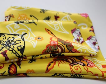 Yellow umbrellas patterns: bags snack, sandwich bags, washable, reusable, eco-friendly, minimalist