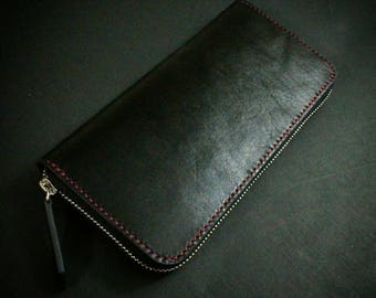 Men's wallet of genuine leather