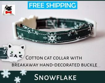 Christmas cat collar Snowflake Christmas kitten collar - green cat collar - breakaway cat collar - cat collar with bell - Christmas kitten