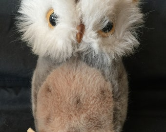 "Vintage Steiff Owl ""Wiggie"" with Tag and Button"
