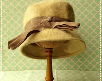 Vintage Beige Cloche Merrimac Hat Free Shipping