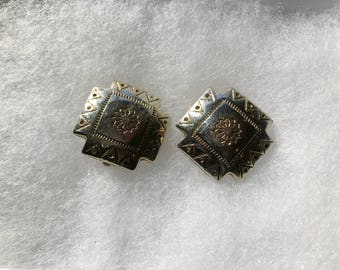 Vintage Retro Gold Tone Clip On  Earrings