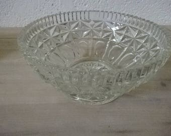 Heavy Pressed Glass Bowl/Serving Bowl/Fruit Bowl/Trifle Bowl/Party Hosting/Vintage Glass Bowl/Glass Bowl/Large Bowl/Vintage