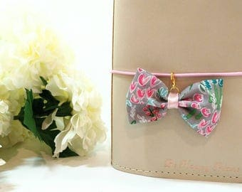 Grey Floral Fabric Bow Planner Clip and Charm
