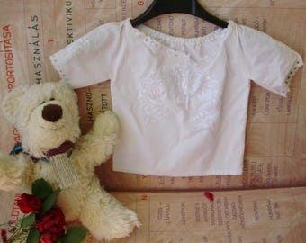 Vintage style,Hungarian handmade white girl blouse,top with embroidered flowers