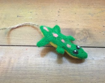 Felted Lizard Rat Toy (1)