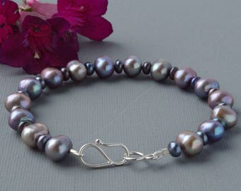 Rainbow Iridescent Grey Peacock Pearl Bracelet With Sterling Silver Clasp Bohemian Style Jewellery Stylish Eveningwear for Smart Occasions