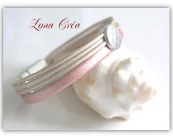 Bracelet leather pink lace powder, cream Pearl strings, passing silver hammered cabochon