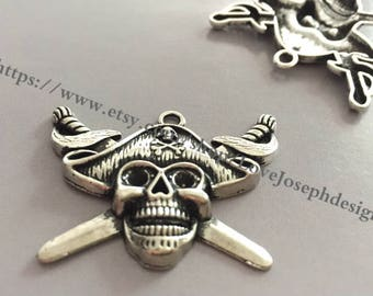 wholesale 50 Pieces /Lot Antique Silver Plated 33mmx43mm pirate skull charms(# 0920)