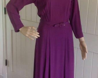 Vintage 1940's Purple Day Dress .
