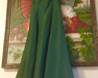 Gorgeous Green 1940s Dancing Evening Gown Dress