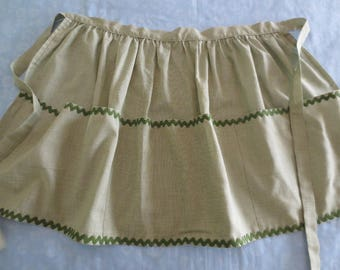Sweet Vintage Tiny Checked Green Handmade Apron with Rickrack Trim